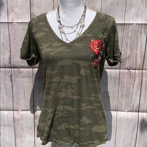 Super cute Sanctuary camo, embroidered rose tee